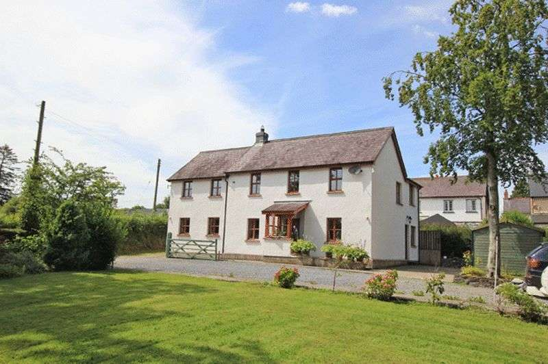 5 Bedrooms Detached House for sale in DRYSLWYN, CARMARTHEN