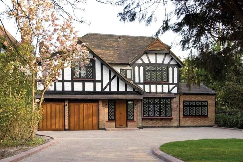 6 Bedrooms Detached House for sale in Canons Drive, Edgware, Middlesex, HA8