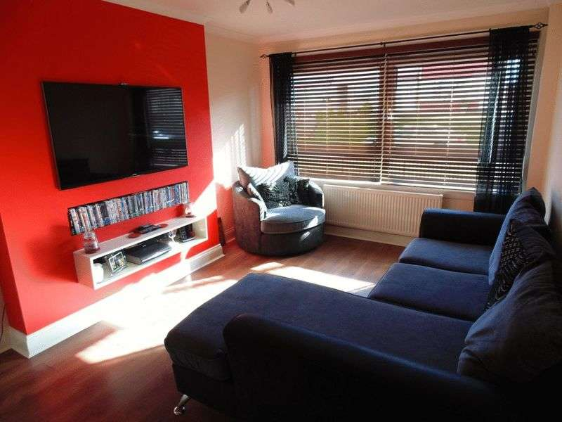 1 Bedroom Flat for sale in Grange Avenue, Wishaw