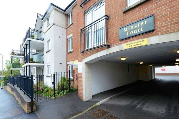 1 Bedroom Flat for sale in West Street, Axminster, Devon