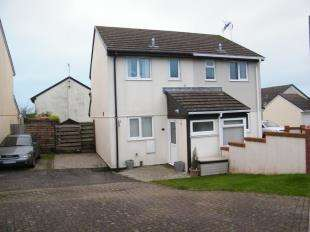 2 Bedrooms Semi Detached House for sale in Roche, St. Austell, Cornwall