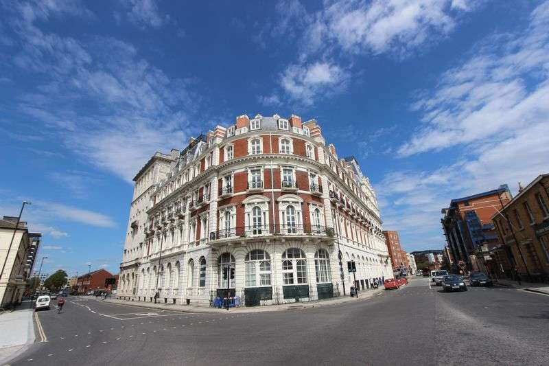 1 Bedroom Flat for sale in South Western House