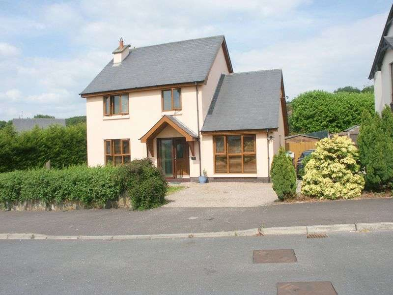 3 Bedrooms Detached House for sale in Detached House