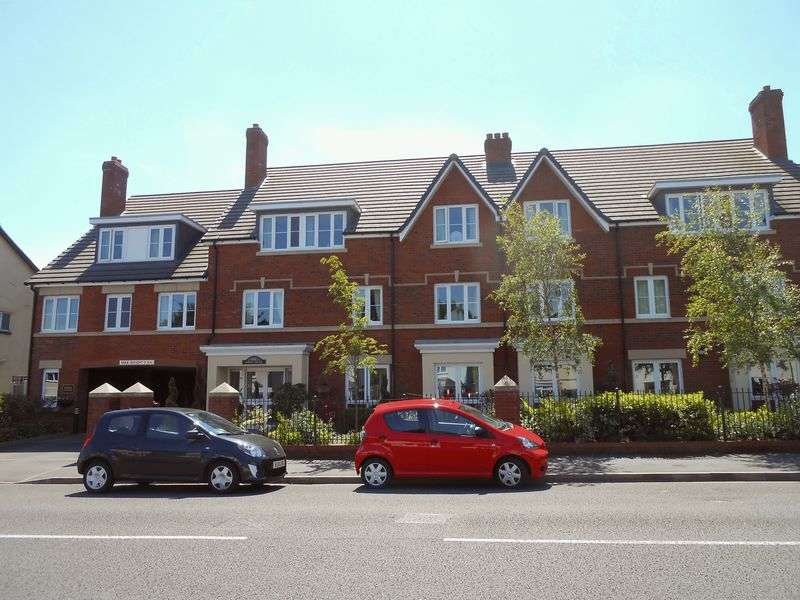 1 Bedroom Flat for sale in Poppy Court Jockey Road, Sutton Coldfield: NO CHAIN one bed ground floor retirement apartment