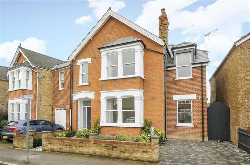 4 Bedrooms Property for sale in Staunton Road, Kingston Upon Thames