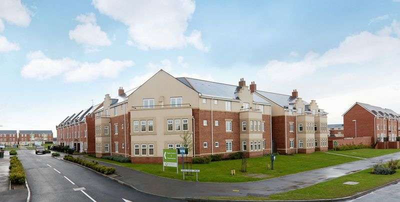 2 Bedrooms Flat for sale in Station Road, Donnington