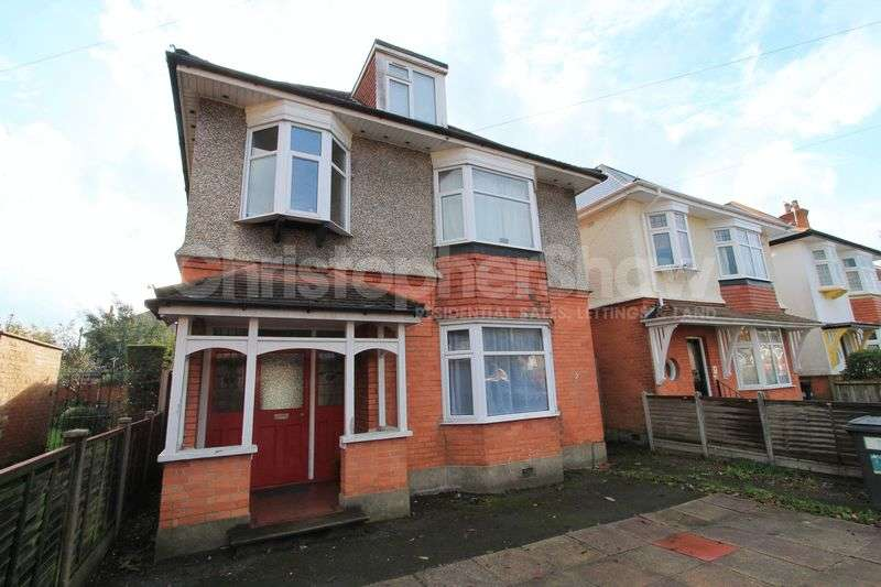6 Bedrooms Detached House for rent in Leamington Road, Bournemouth