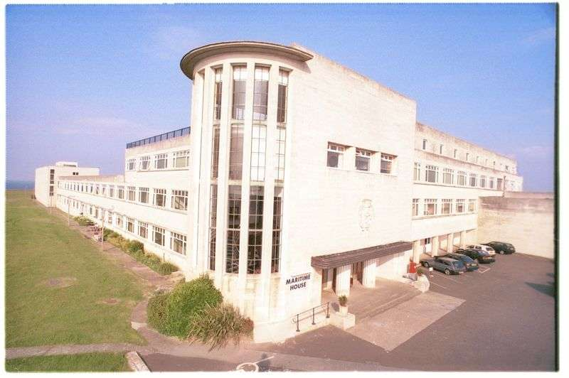 2 Bedrooms Flat for sale in Maritime House, Portland, Dorset