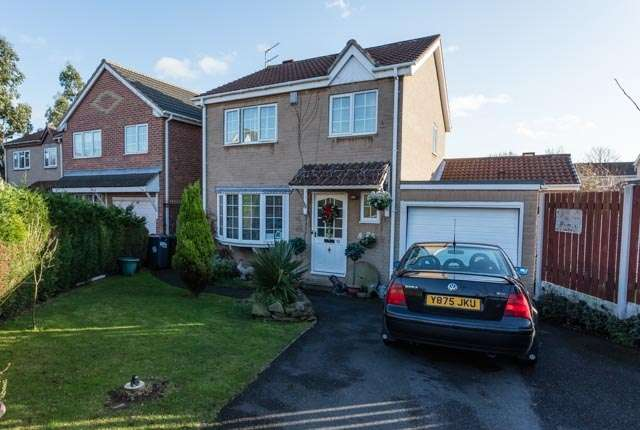 4 Bedrooms Detached House for sale in Crossfield house close Skellow, Doncaster, South Yorkshire, DN6