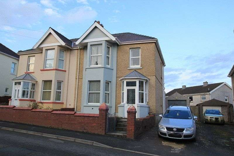 3 Bedrooms Semi Detached House for sale in COLLEGE ROAD, CARMARTHEN