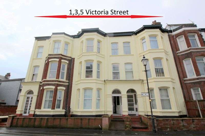 Flat for sale in Victoria Street, Southport