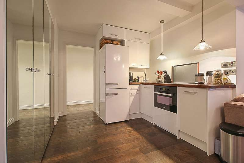 1 Bedroom Flat for sale in Edgware Road, London, London, W2