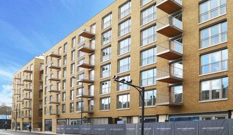 1 Bedroom Flat for sale in One Tower Bridge, Chatsworth House, Tower Bridge Road, London SE1