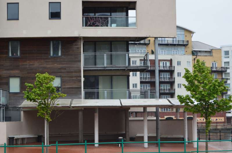 2 Bedrooms Apartment Flat for sale in Vega House, Cardiff Bay