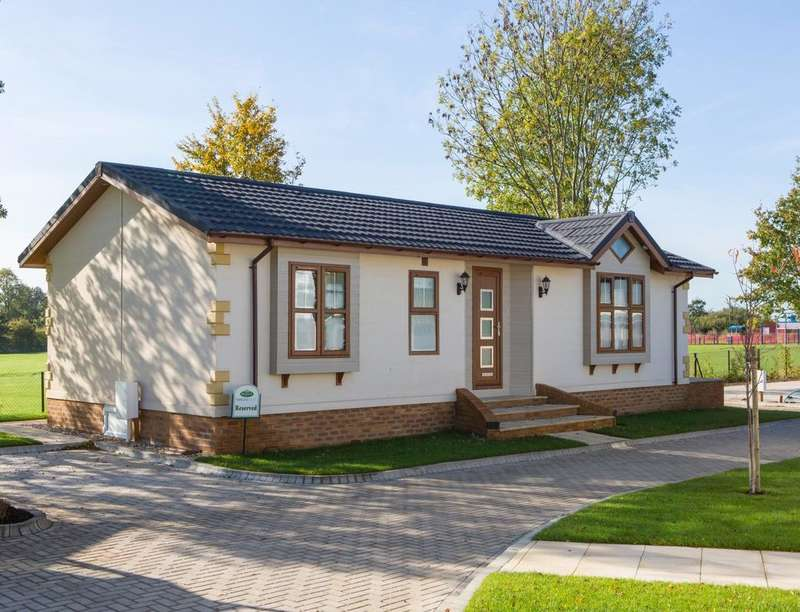 2 Bedrooms Detached Bungalow for sale in Windsor Marlee Loch, Kinloch, Blairgowrie, PH10