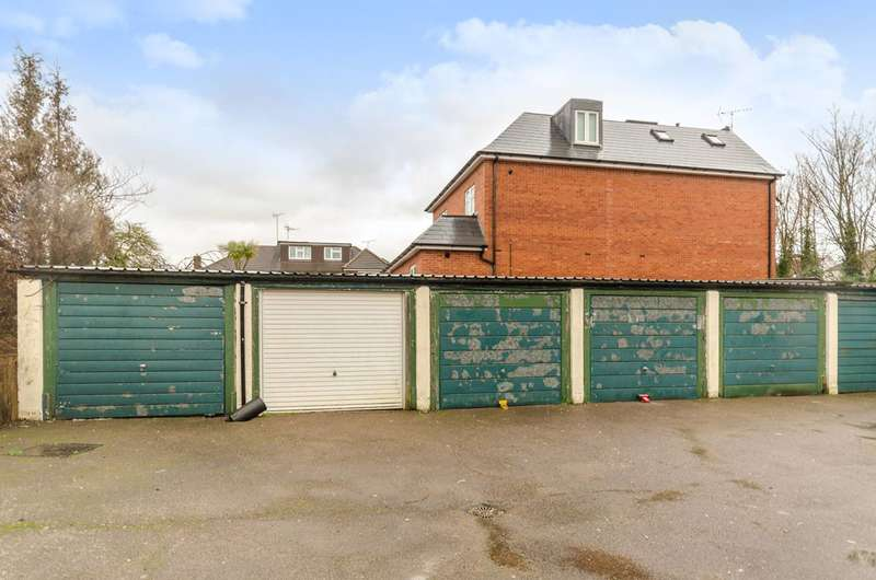 Garages Garage / Parking for sale in Nether Close, West Finchley, N3