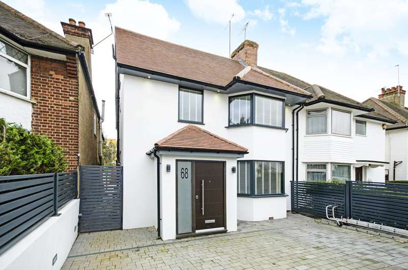 3 Bedrooms Semi Detached House for sale in The Vale, Golders Green, NW11