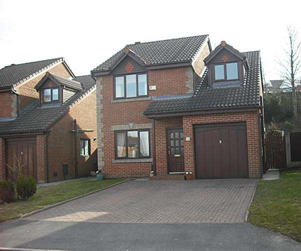 4 Bedrooms Detached House for sale in Green Park View, Moorside, Oldham