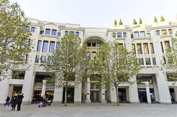 Office Commercial for rent in St Paul's Churchyard, St Paul's Churchyard - The City, London