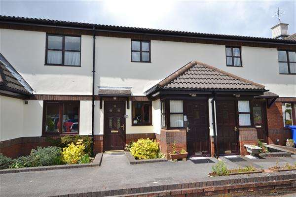 2 Bedrooms Apartment Flat for sale in Devonshire Court, Chorley, Chorley