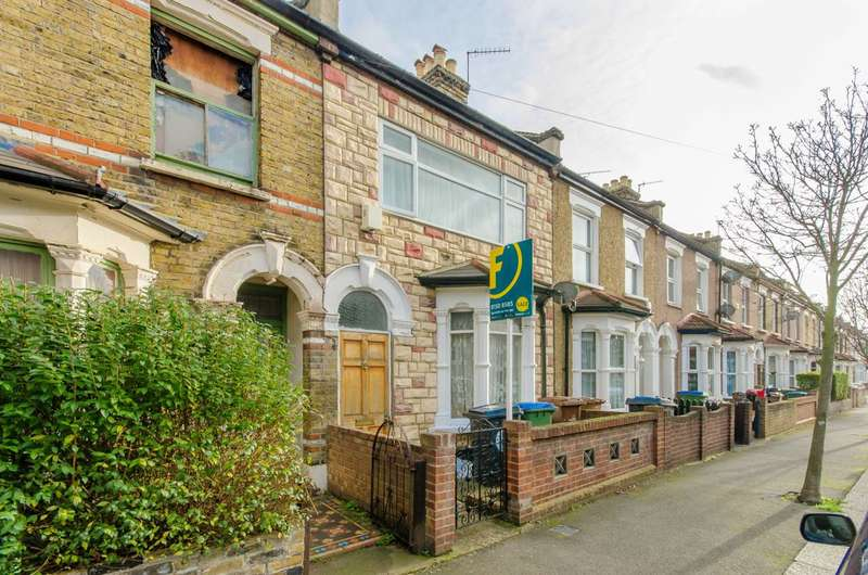 3 Bedrooms House for sale in Chichester Road, Leytonstone, E11