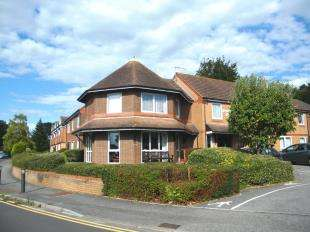 1 Bedroom Retirement Property for sale in 22 Wentworth Drive, Broadstone, Dorset