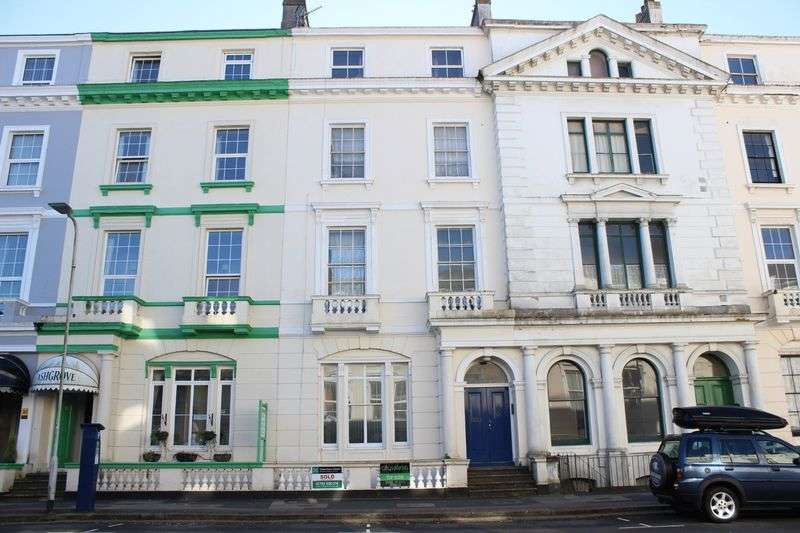 1 Bedroom Flat for sale in Citadel Road, The Hoe, Plymouth