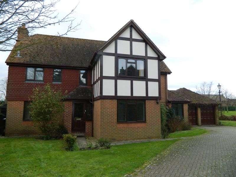 5 Bedrooms Detached House for sale in Sherenden Park, Tonbridge