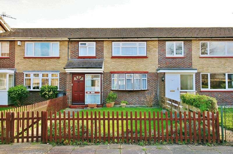 3 Bedrooms Terraced House for sale in Tern Walk, Milton