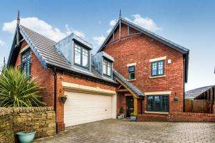 4 Bedrooms Detached House for sale in Mottram Old Road, Stalybridge, Greater Manchester, United Kingdom