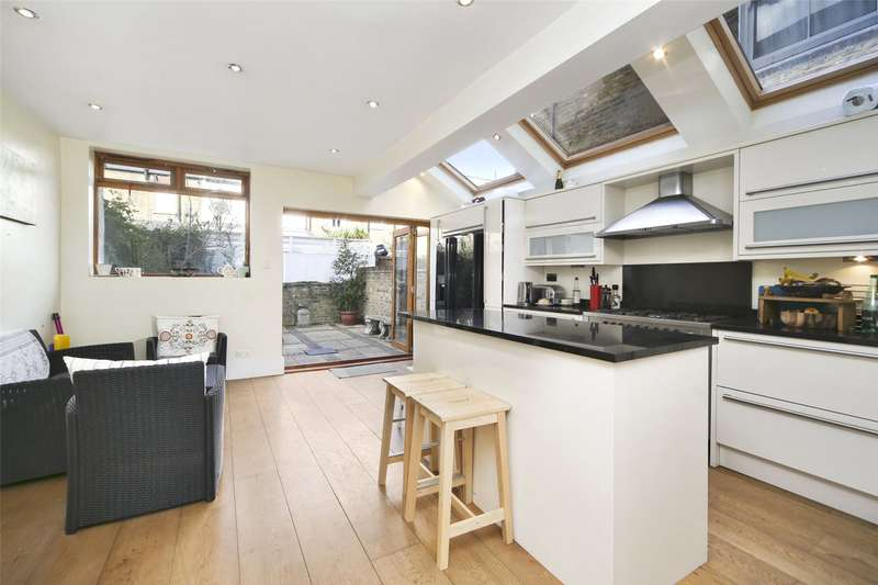 4 Bedrooms Terraced House for sale in Colehill Lane, Munster Village, Fulham, London, SW6