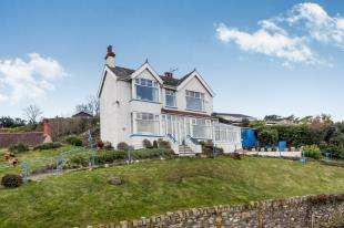3 Bedrooms Detached House for sale in St. Agnes Road, Conwy, Conwy, LL32
