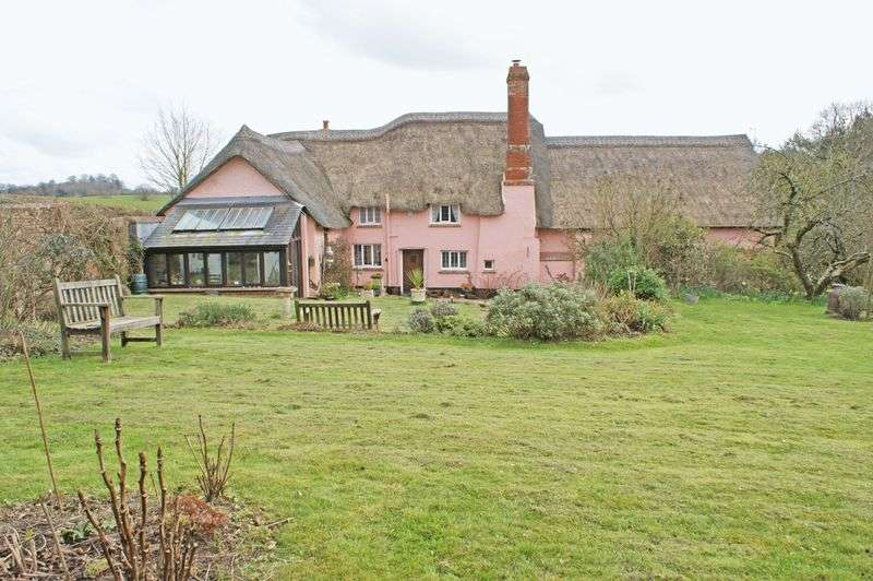 3 Bedrooms Detached House for sale in Yettington, Budleigh Salterton