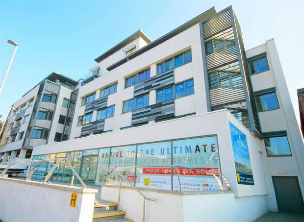 2 Bedrooms Flat for sale in 56-58 Parkstone Road, Poole, England