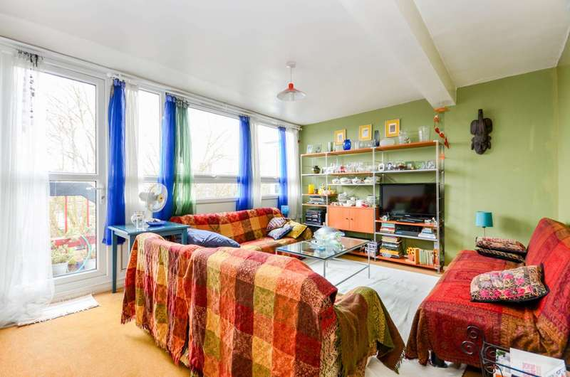 3 Bedrooms Flat for sale in Kirwyn Way, Camberwell, SE5