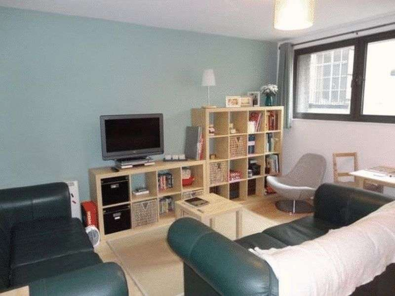 2 Bedrooms Flat for sale in Cheapside, Liverpool