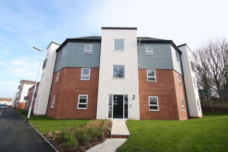 2 Bedrooms Flat for sale in Linford Apartments, New Woodside