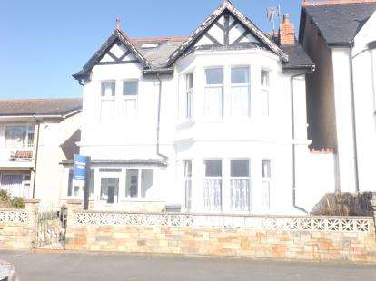 5 Bedrooms Detached House for sale in Great Ormes Road, Llandudno, Conwy, LL30