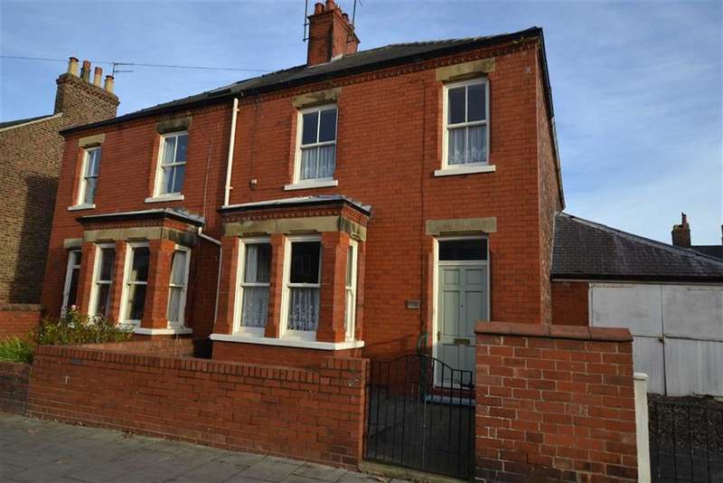 4 Bedrooms Property for sale in St Johns Avenue, Bridlington, East Yorkshire, YO16