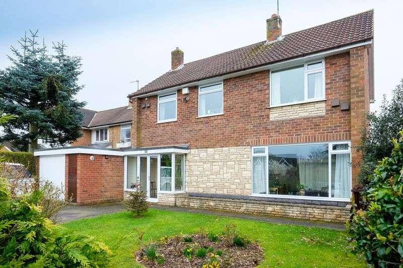 4 Bedrooms Detached House for sale in Wergs Road, Tettenhall, Wolverhampton