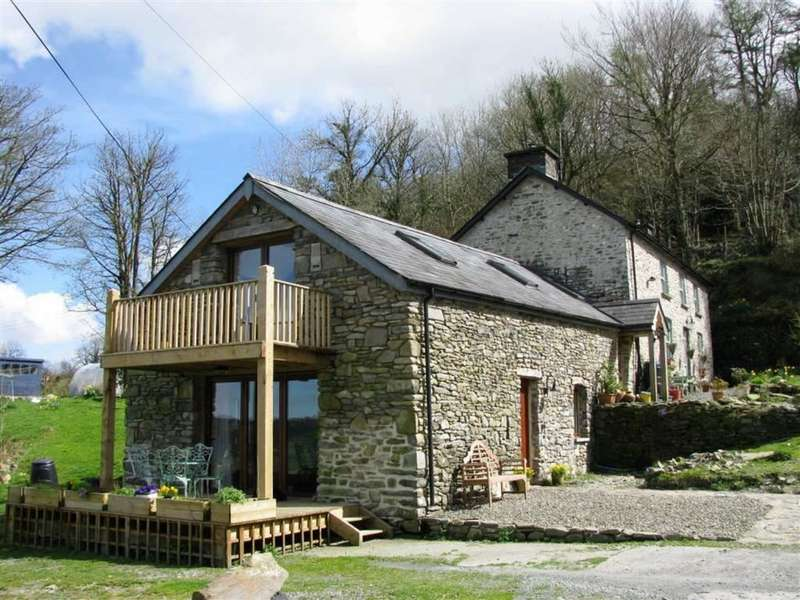 3 Bedrooms Property for sale in Cellan, Lampeter