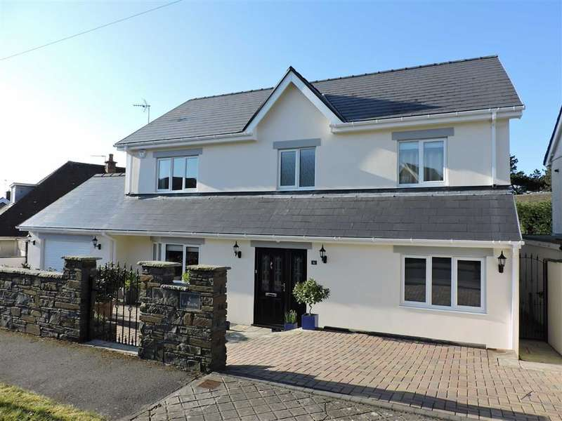 4 Bedrooms Property for sale in Langland Court Road, Langland