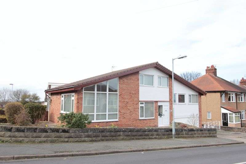 4 Bedrooms Detached House for sale in Norman Drive, Prestatyn