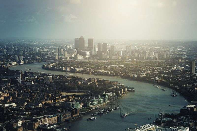 2 Bedrooms Flat for sale in Baltimore Wharf, Lime Harbour, London
