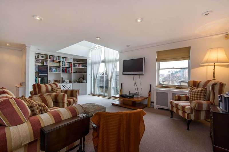 3 Bedrooms Flat for sale in Battersea Bridge Road, Battersea, SW11