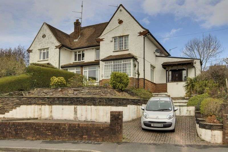 4 Bedrooms Semi Detached House for sale in Ridgeway Crescent, Newport