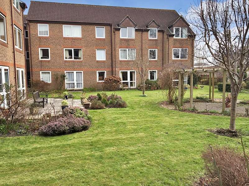 1 Bedroom Retirement Property for sale in Homechime House, Wells, BA5 1SH