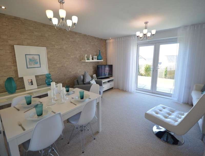 3 Bedrooms Semi Detached House for sale in North Prospect Road, Plymouth, PL2