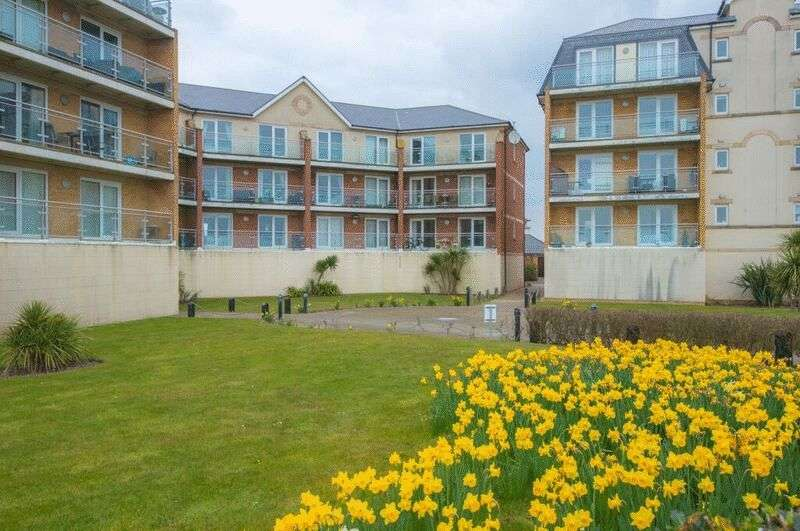 2 Bedrooms Flat for sale in Eugene Way, Eastbourne, BN23