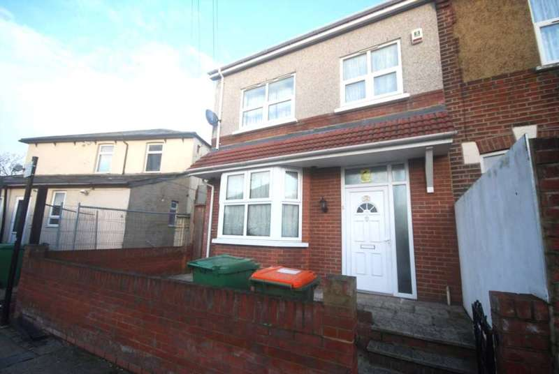 3 Bedrooms House for sale in Elkington Road, Plaistow